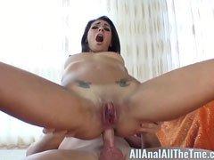 latina en su primera corrida interna anal