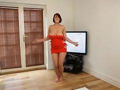 mujeres sexi bailando mientras se desnudan
