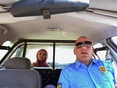 chicas follando con policias