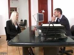 sexo porno oficina